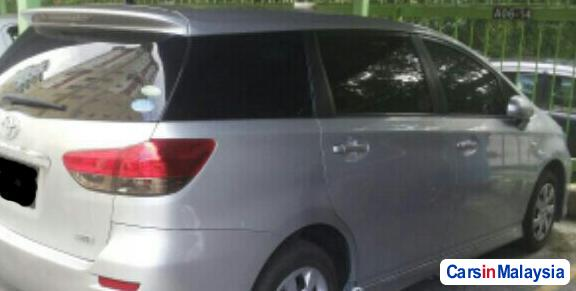 Toyota Wish 1.8-LITER FAMILY SMALL MPV Automatic 2015 in Selangor