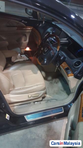 Honda Odyssey 2.4-LITER LUXURY FAMILY MPV Automatic 2010 in Malaysia