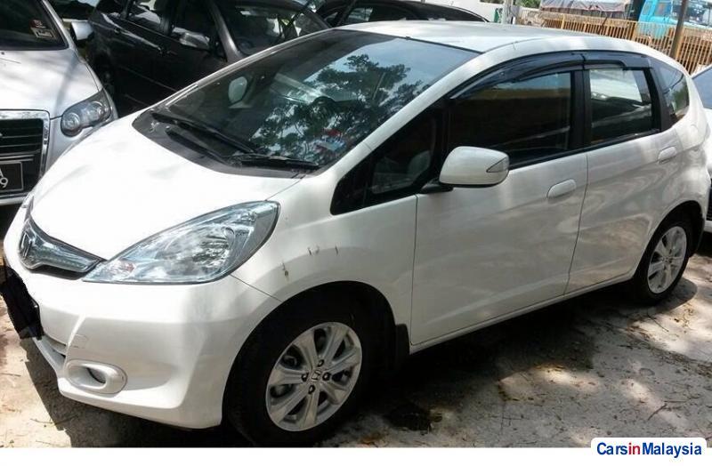 Honda Jazz 1.5-LITER ECONOMY HATCHBACK Automatic 2014 in Malaysia