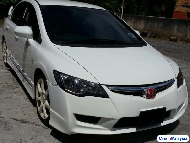Honda Civic 1.8-LITER SEDAN Automatic 2009 in Malaysia