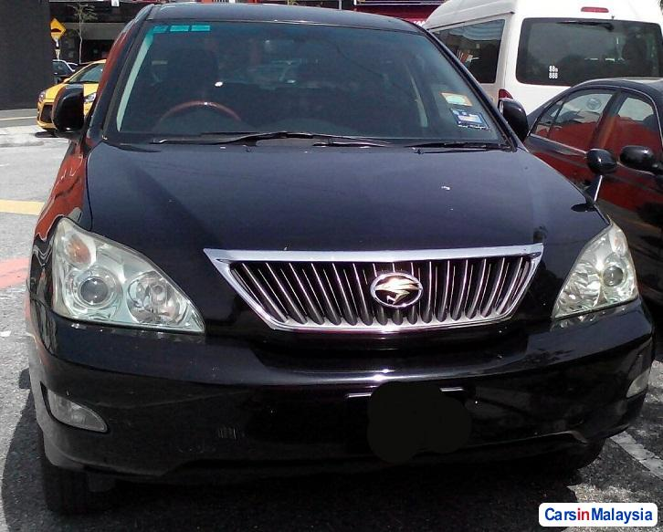 Toyota Harrier 2.4-LITER LUXURY FAMILY SUV Automatic 2012 in Malaysia