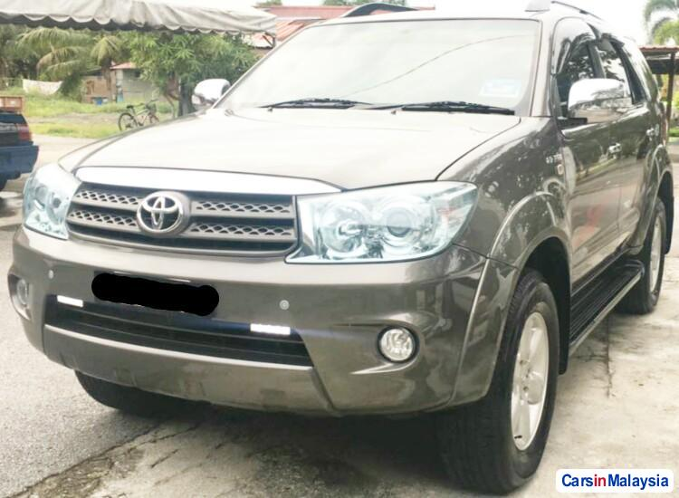 Picture of Toyota Fortuner 2.7 4WD 7 SEATER LUXURY FAMILY SUV Automatic 2011 in Selangor