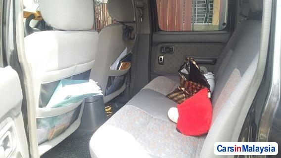 Picture of Nissan Frontier Manual 2010 in Malaysia