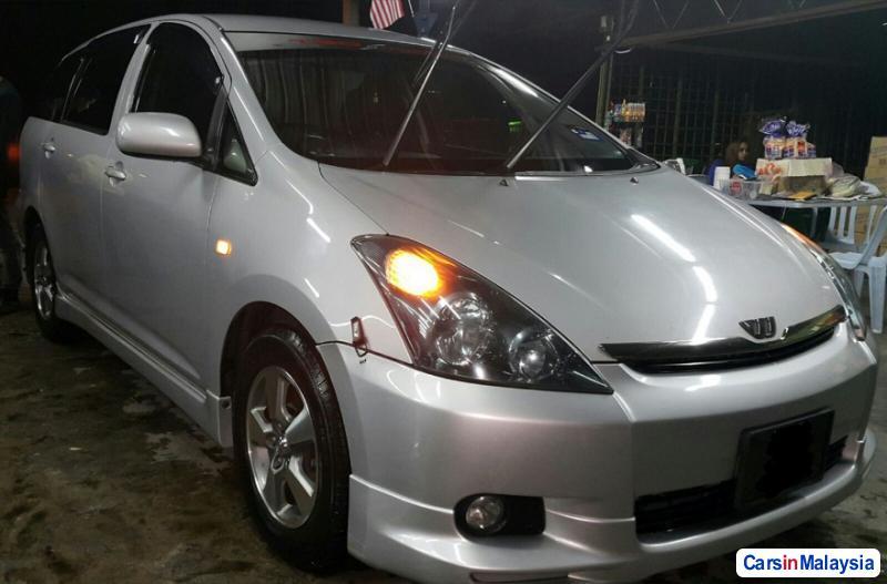 Toyota Wish Automatic 2008 in Selangor - image
