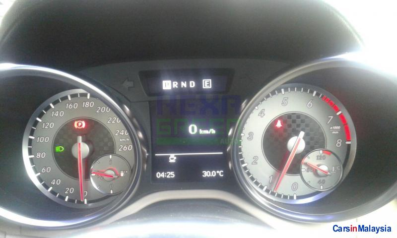 Mercedes Benz SLK200K 2012 - image 11