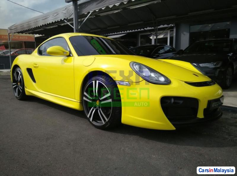 Picture of Porsche Cayman Automatic 2009