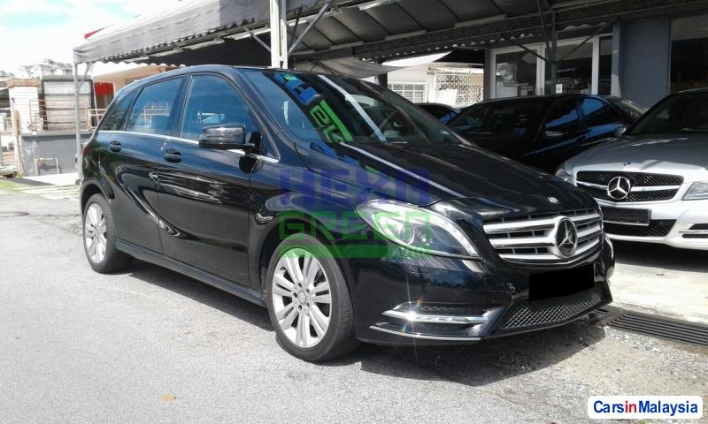 Picture of Mercedes Benz B200 CDI Automatic 2013