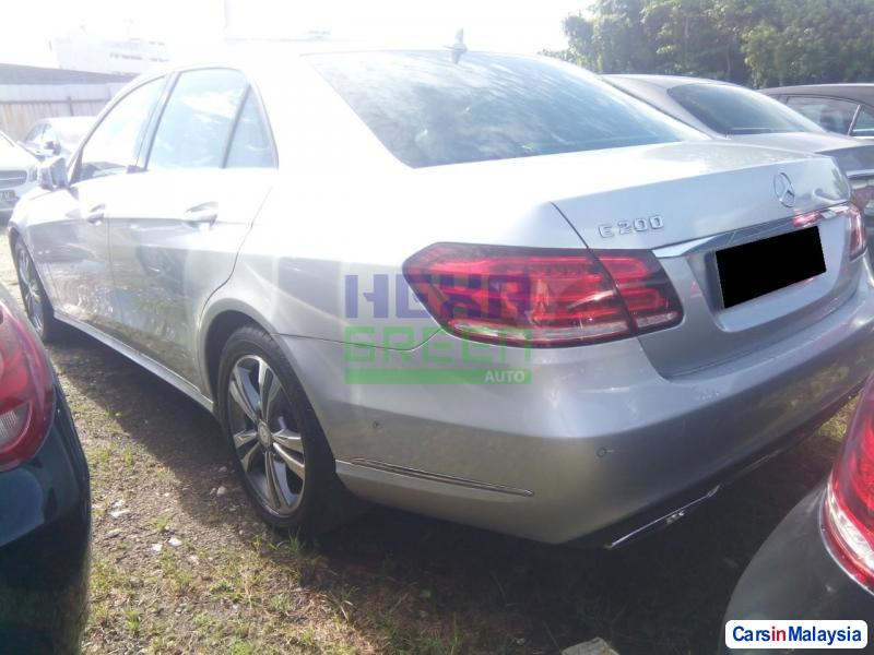 Mercedes Benz E200 Automatic 2014 in Penang