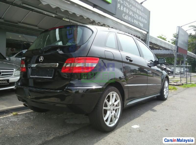 Mercedes Benz B180 Automatic 2011 in Malaysia