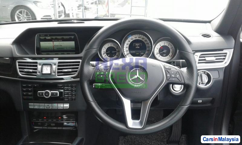 Mercedes Benz E250 Automatic 2013 - image 9