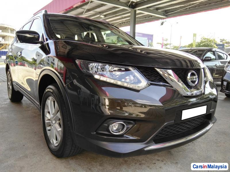 Pictures of Nissan X-Trail Semi-Automatic 2015