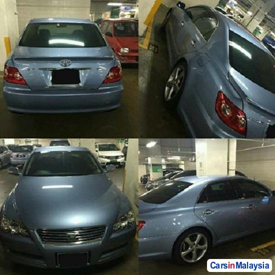 Picture of Toyota Mark X Automatic 2006