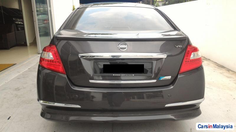 Nissan Teana Automatic 2013 - image 2