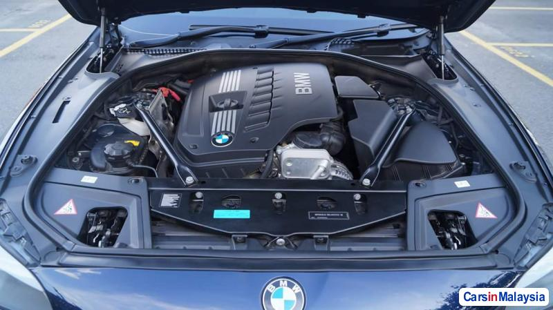 BMW 5 Series Automatic 2015 in Selangor - image