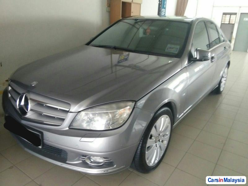 Picture of Mercedes Benz 200 Automatic 2010