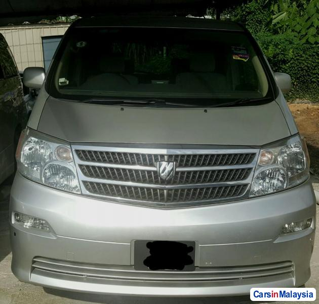 Pictures of Toyota Alphard 2006
