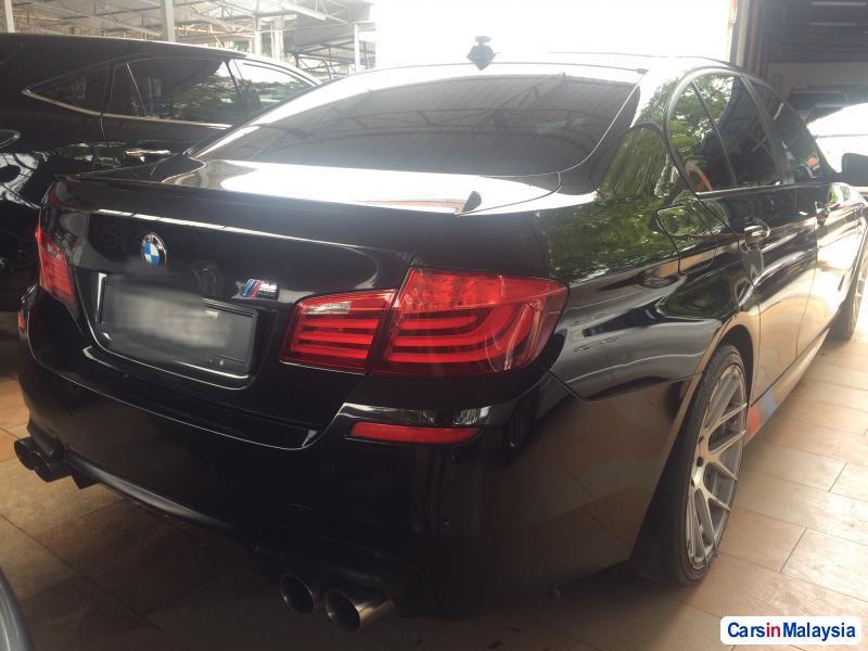 BMW 5 Series Automatic 2010