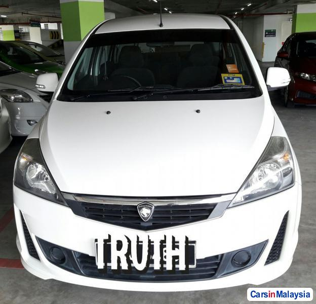 Pictures of Proton Exora Automatic 2012