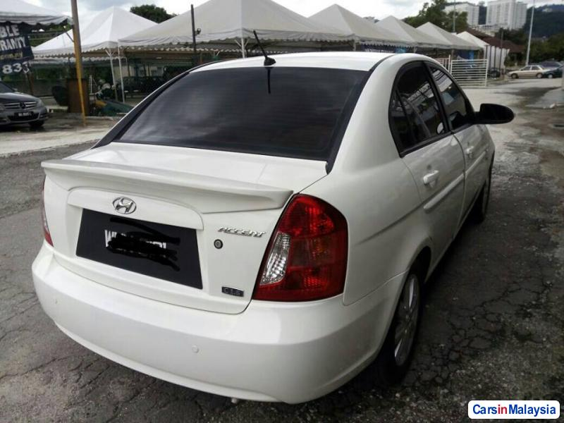 Hyundai Accent Automatic 2010