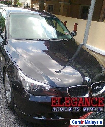 Picture of BMW 5 Series Semi-Automatic 2009