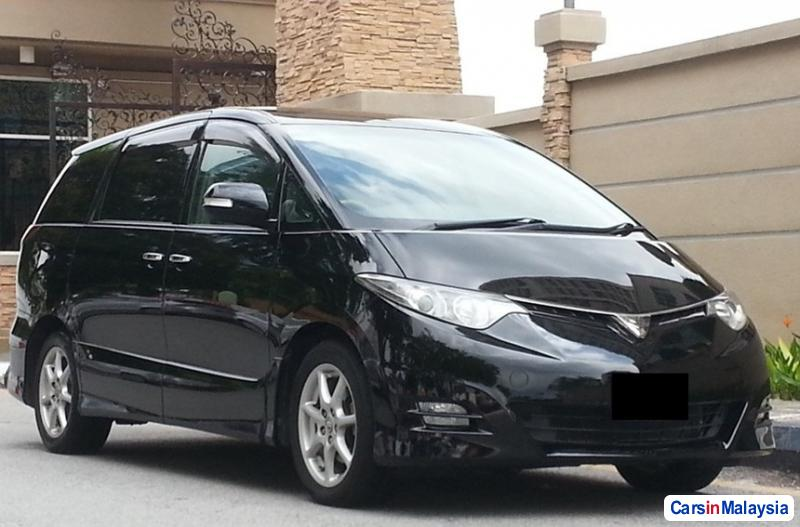 Picture of Toyota Estima Automatic 2014