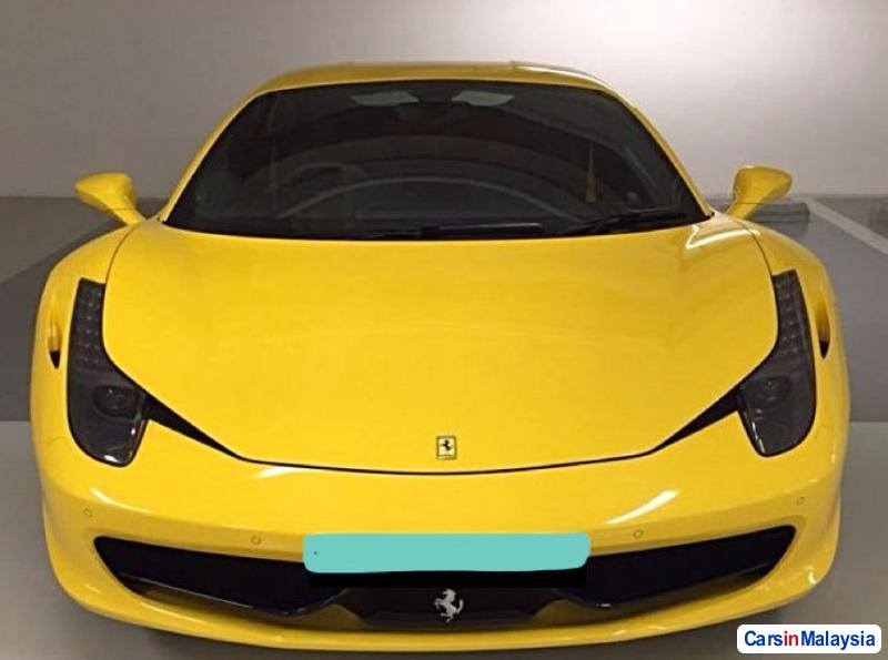 Picture of Ferrari 458 Italia Automatic 2014