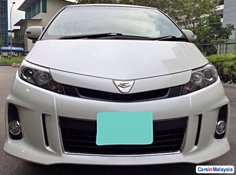 Picture of Toyota Estima Automatic 2015