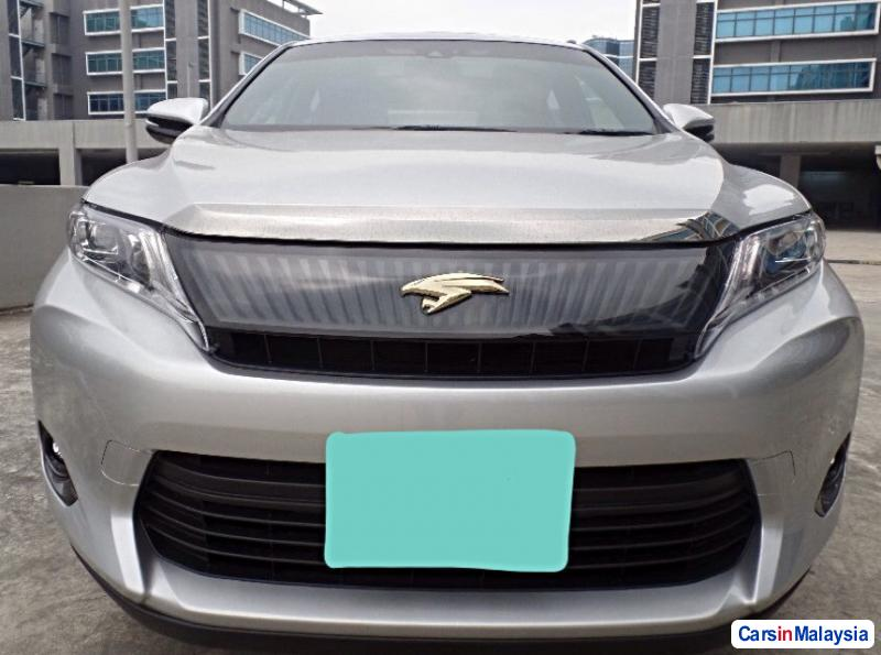 Picture of Toyota Harrier Automatic 2016