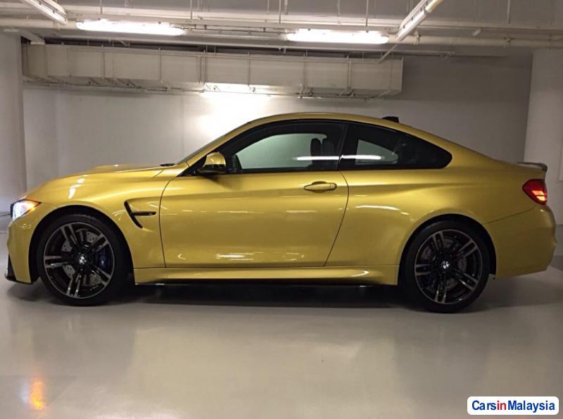 BMW M Semi-Automatic 2015