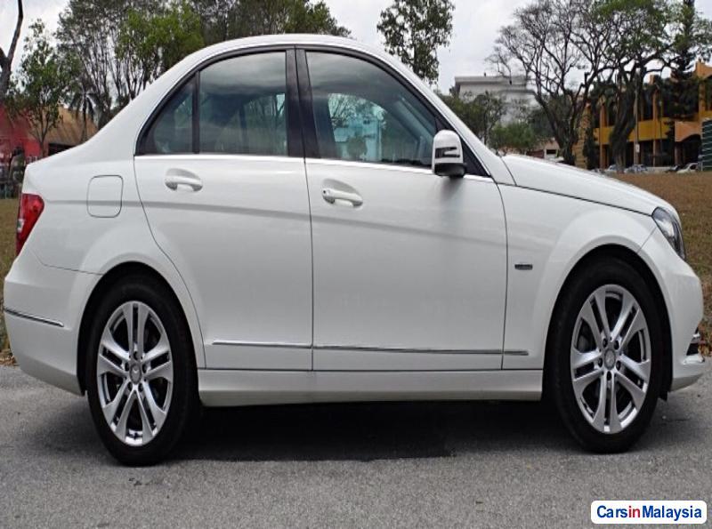 Mercedes Benz C-Class Automatic 2012