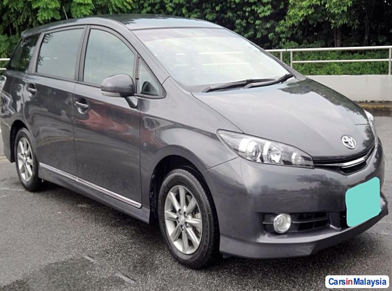 Toyota Wish Automatic 2015