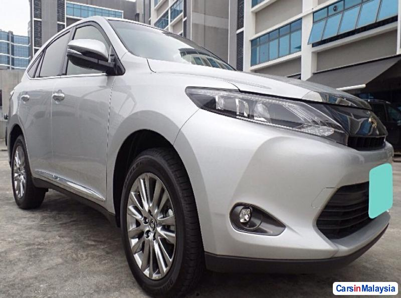 Toyota Harrier Automatic 2016