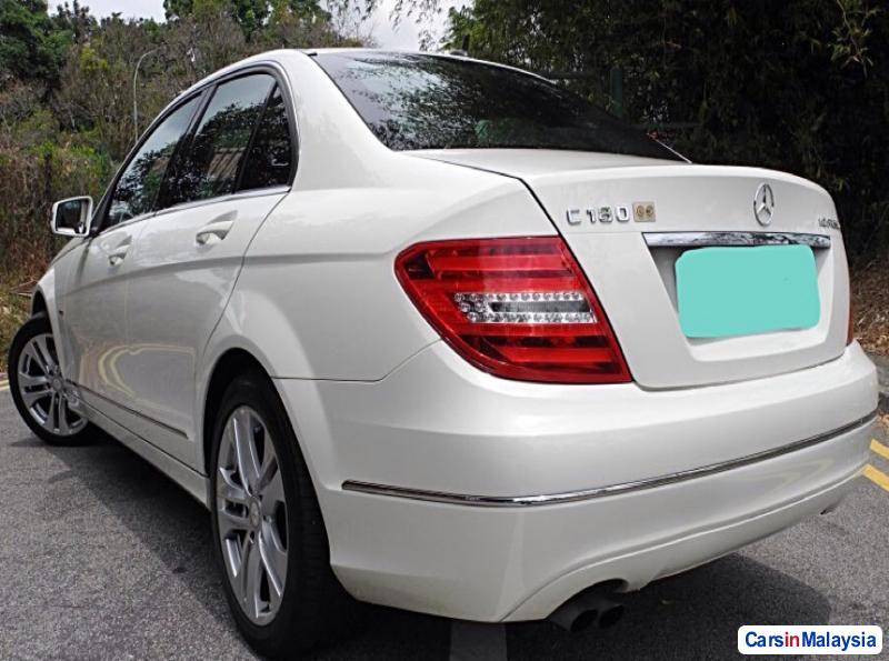 Mercedes Benz C-Class Automatic 2012 in Kuala Lumpur