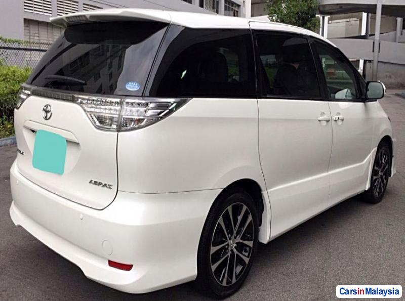 Toyota Estima Automatic 2015 in Kuala Lumpur