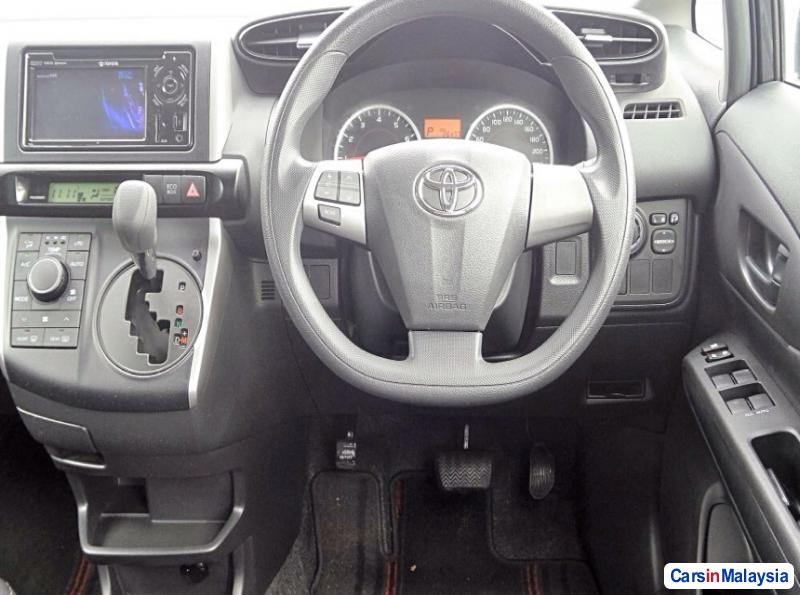 Picture of Toyota Wish Automatic 2015 in Malaysia