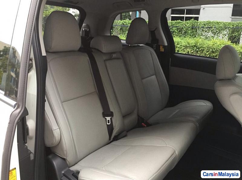 Picture of Toyota Estima Automatic 2015 in Malaysia