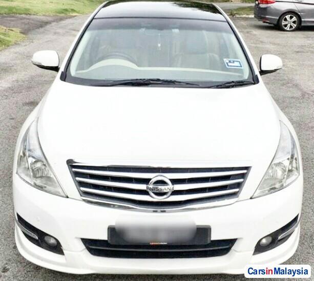 Nissan Teana 2.0-LITER LUXURY SEDAN Automatic 2012 - image 10