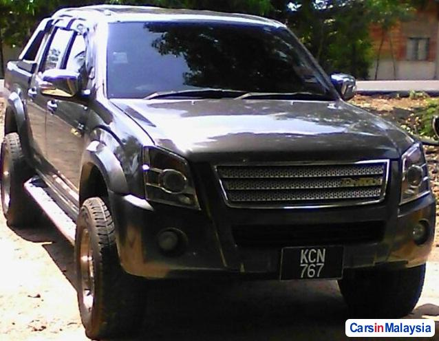 Picture of Isuzu D-Max Automatic 2011
