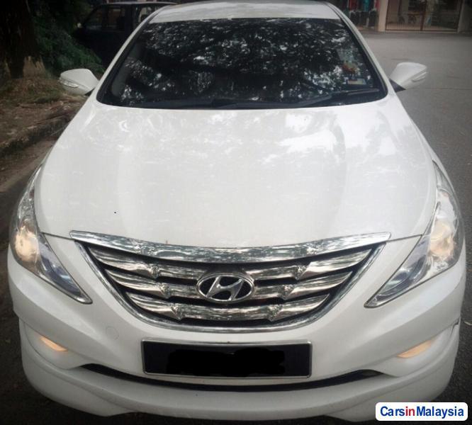 Picture of Hyundai Sonata Automatic 2012