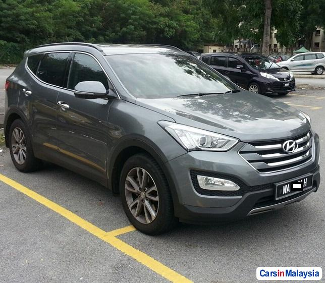 Picture of Hyundai Santa Fe 2.2-LITER LUXURY SUV Automatic 2012