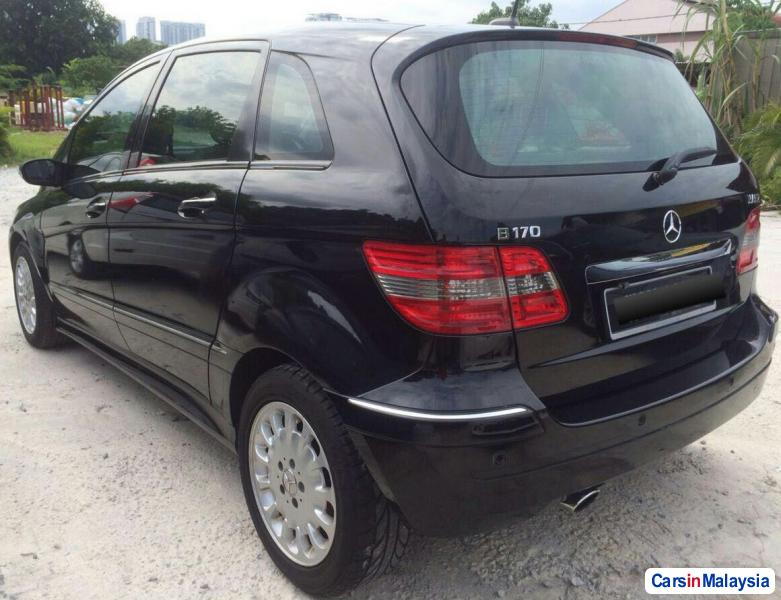 Picture of Mercedes Benz B170 1.7-LITER FAMILY MPV Automatic 2008
