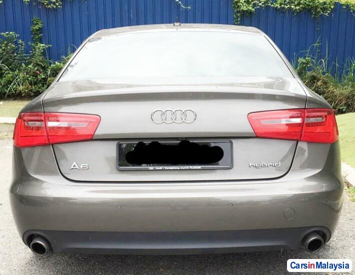 Audi A6 2.0-LITER LUXURY SEDAN Automatic 2013