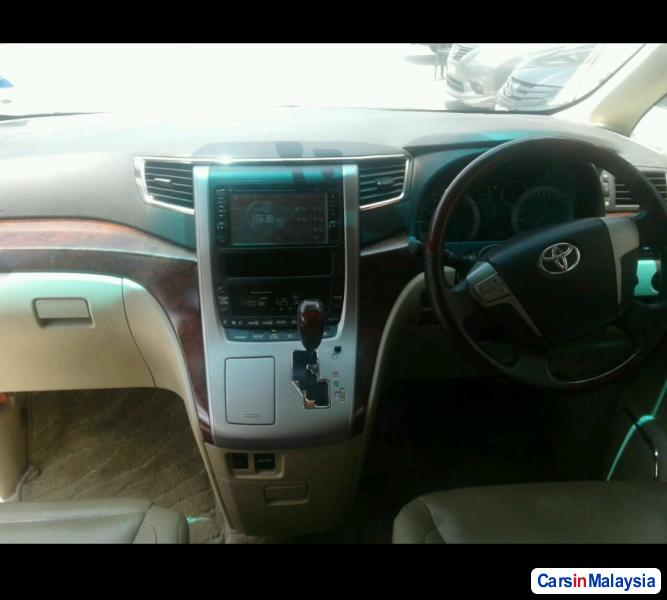 Picture of Toyota Alphard Automatic 2014 in Malaysia