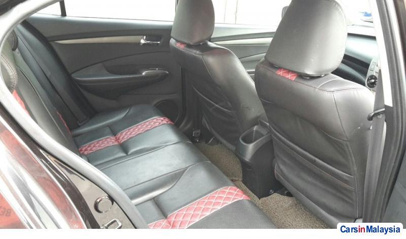 Honda City 1.5-LITER ECONOMY SEDAN Automatic 2012 in Selangor - image