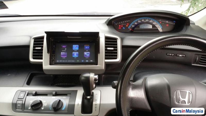 Honda Freed Automatic 2012 in Selangor - image