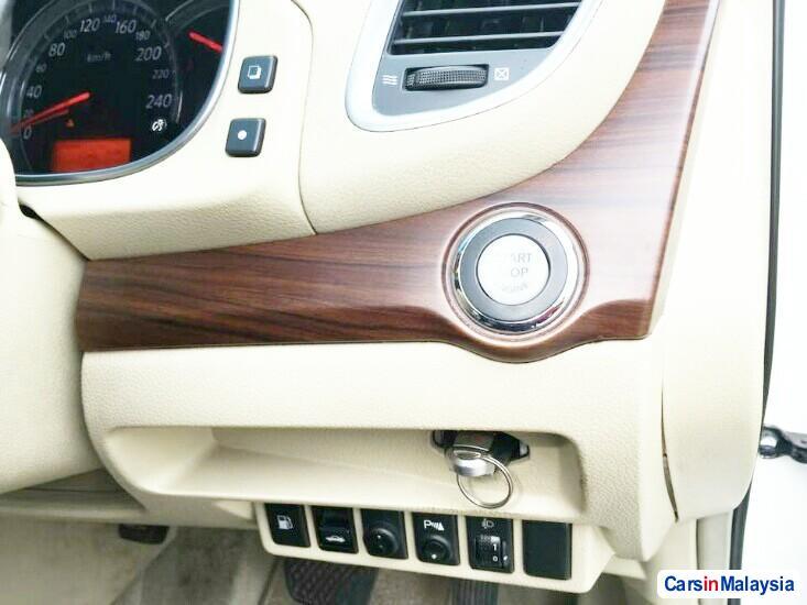 Nissan Teana 2.0-LITER LUXURY SEDAN Automatic 2012 - image 9
