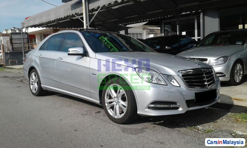 Picture of Mercedes Benz E250 CGI Automatic 2011