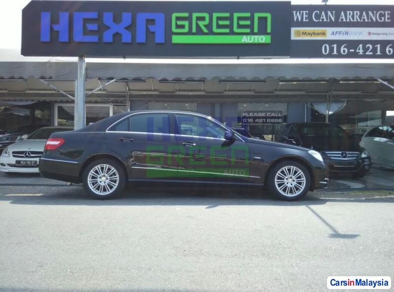 Mercedes Benz E200 CGI Automatic 2012 in Penang