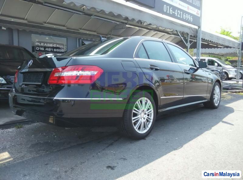 Mercedes Benz E200 CGI Automatic 2012 in Malaysia