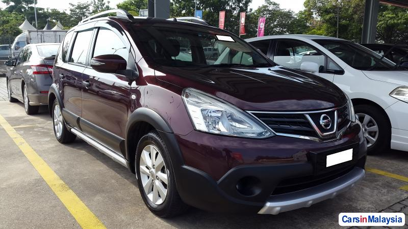 Pictures of Nissan Grand Livina Automatic 2014
